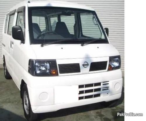 Picture of Nissan clipper van 660cc model 2007 newly imported